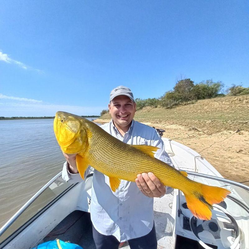 Page detail header image fish species Dorado - Salminus brasiliensis
